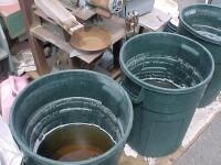 Doua tone de deseuri toxice descarcate la Glina! Afla cum te pot afecta