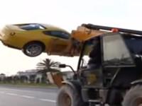 Au furat Ferrari-ul fostului presedinte tunisian. Cu macaraua. VIDEO
