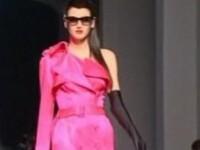 Transsexuali in rochie de mireasa si creste punk! Gaultier uimeste Parisul