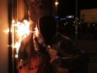 Boc: Protestul din Piata Universitatii este mai mult o manifestatie antisistem, politicienii sa taca