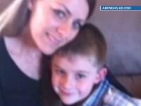 Asculta dialogul miraculos pe care un copil de 6 ani l-a purtat cu echipa ce i-a salvat mama