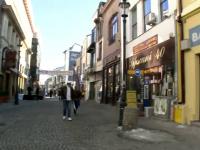 Miile de romani care-si petrec serile in Centrul Vechi isi risca viata in fiecare seara