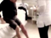 La un pas sa-si piarda barbatia la numai 30 de ani din cauza unui tratament prescris gresit de medic