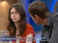 Un barbat si-a iesit din minti la TV dupa ce iubita lui a fost testata cu detectorul de minciuni