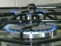 Impozite noi in 2013. Cresteri de preturi la gaze, energie, carburanti, tigari si bere