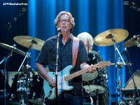 Eric Clapton va lansa un nou album in luna martie: