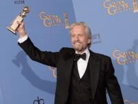 Michael Douglas i-a multumit sotiei pe scena, la Globurile de Aur. Cei doi sunt aproape impacati