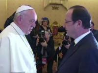 Francois Hollande s-a intalnit cu Papa Francisc. Presedintele francez a evitat discutiile despre viata personala