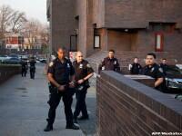 Doi politisti din New York au fost impuscati in timp ce se aflau in misiune. Atacatorul nu a fost prins