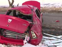 Accident grav in Suceava. Un barbat de 60 de ani murit, dupa ce a vrut sa depaseasca o coloana de masini si sa evite un TIR