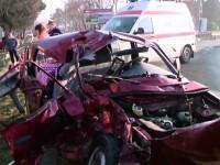 Accident ingrozitor intre Lugoj si Timisoara. Soferul si sotia sa au fost aruncati prin parbriz si au murit pe loc