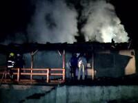 Doi copii au ars de vii, dupa ce mamele lor i-au incuiat intr-o camera si au plecat de acasa. Femeile au retard mintal
