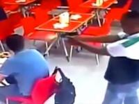 Momentul in care un olandez e impuscat in cap intr-un fast-food din Panama. Politia, pe urmele atacatorului. VIDEO