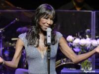 Celebra cantareata Natalie Cole a incetat din viata la varsta de 65 de ani