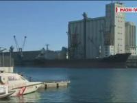 O nava comerciala, cu mai multi marinari de origine romana la bord, este sechestrata de noua zile in portul din Savona