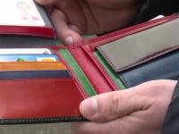 A gasit un portofel cu 700 de euro si a postat anuntul pe Facebook. Ce risca barbatul daca nu gaseste proprietarul in 10 zile