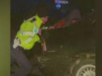 Urmarire cu focuri de arma in Constanta. Cativa suspecti de furt au acrosat masina politistilor incercand sa scape