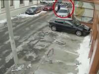 Un barbat de 47 de ani a atacat un sofer in trafic si i-a lovit cu pumnii masina. Ce a urmat l-a trimis direct la spital