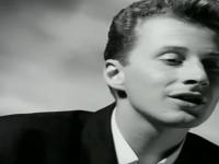 Artistul britanic Black s-a stins din viata. Cantaretul era in coma de doua saptamani, dupa un groaznic accident rutier