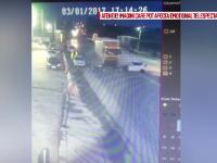 Ceea ce parea un accident a ajuns o crima. Ce au gasit politistii in telefonul femeii care a intrat cu masina intr-un TIR