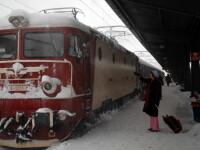 CFR Calatori scoate vineri din circulatie 39 de trenuri, din cauza avertizarilor meteo de ninsori si viscol