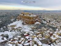 Atena n-a mai vazut atata zapada de 9 ani. Valul de frig care a lovit Europa a facut peste 60 de victime