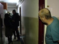 Un brasovean a fost batut si lasat in coma de un vecin, sub ochii fetitei de patru ani. \