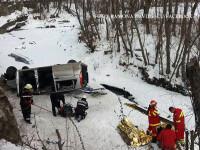 Accident grav pe DN1 A, la Cheia: doua persoane au murit iar o masina a cazut in prapastie. FOTO de la locul tragediei