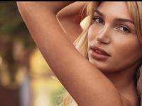 Premieră pentru Playboy Germania. Un model transgender, pe coperta ediției din ianuarie