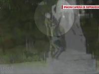 Statuia lui Mihai Eminescu, din Galaţi, ciuntită pentru al 15-lea an consecutiv