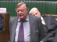 Un parlamentar britanic a adormit în timpul unei dezbateri legată de Brexit