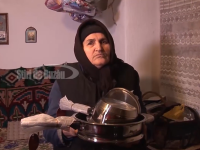 Pierdere uriașă suferită de doi bătrâni, după ce au primit în curte comercianți de tigăi
