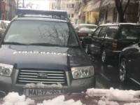 Maşină a Jandarmeriei, filmată când mergea pe contrasens. Ce va păţi şoferul