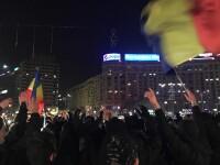 Proteste în Piața Victoriei, de Mica Unire: peste 1.000 de persoane au format o horă