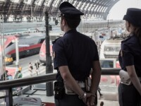 Români arestaţi în Italia pentru că aveau o valiză suspect de grea. Ce ţineau în ea