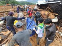Alunecare de teren în Indonezia. Sunt 2 morți și 41 de dispăruți