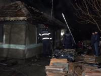 Ce riscă femeia din Buzău care şi-ar fi ars de vii în casă soţul şi cumnatul