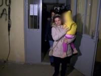 Plânsetele unei copile i-a alertat pe vecinii unei femei din Constanța. Descoperirea şocantă a poliţiei