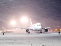 O mie de turişti, blocaţi în Franţa după anularea zborurilor din cauza condiţiilor meteo