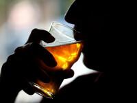 Doi bărbați au murit după ce au băut câteva beri. Ce suspectează anchetatorii