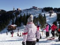Pârtiile din Poiana Brașov, pline de zăpadă artificială. Ce spun turiștii