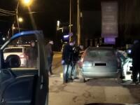 O femeie de 30 de ani a fost găsită moartă într-o mașină, în Bacău