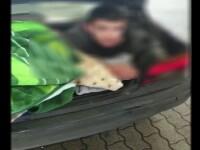 Copil găsit ascuns în portbagajul unei mașini. Explicația mamei