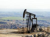 Prețul petrolului a depășit 80 de dolari pe baril, pentru prima dată în ultimii trei ani