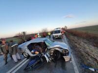 Doi soți au murit după o depășire pe un drum foarte alunecos, în Timiș