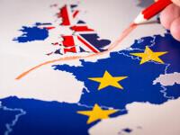 Brexit: Câți bani vor scoate din buzunare pentru vize românii care vor să plece în Marea Britanie