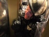 Noi imagini de la asaltul Congresului SUA. Un polițist a fost strivit de susținătorii lui Trump
