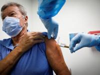 De ce apar cazuri de infectare cu Covid-19 după vaccin? Explicațiile specialiștilor