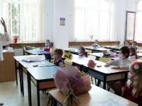 Ministerul Educaţiei a cerut de pe o zi alta desemnarea unui responsabil cu vaccinarea în şcoli