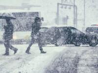 Cod galben de ninsoare în București. Stratul de zăpadă poate ajunge până la 8 cm